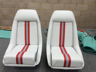 Bucket seat recover