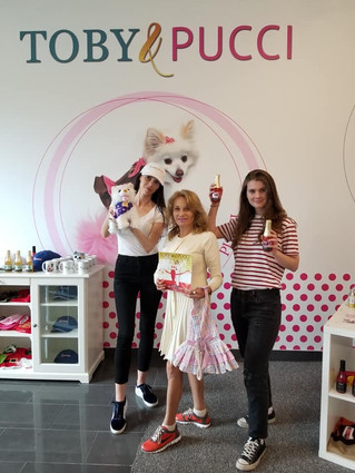 Monique from Zony Hollywood came to visit the new store!!