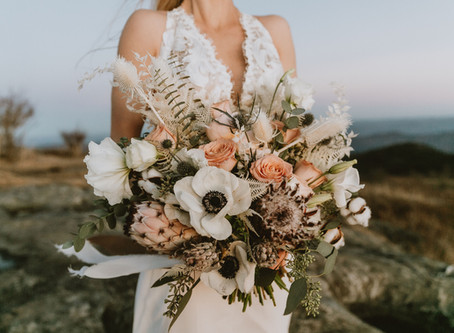 Dreamy Mountain Elopement - Styled Shoot