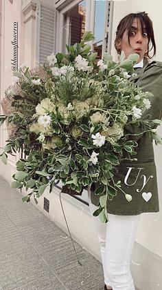 Blumm White Roses