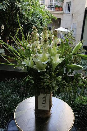 Blumm Vase White & Green