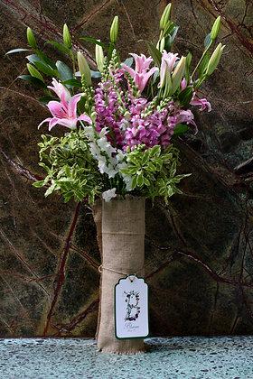 Blumm Luxe Flower Arragement Pastel & Greens