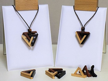 ペンローズの三角形組木