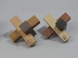 ずらし三本組木