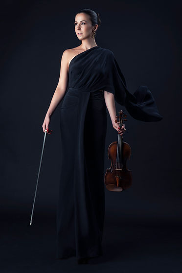 Barbora Kolarova, violin; picture Blackp