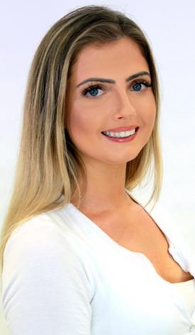 Amber Leach Presenter 2.png