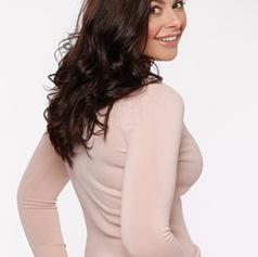 Kelsey Beth-Crossley TV Presenter  2.png