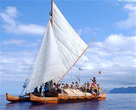 polynesian canoe.jpeg