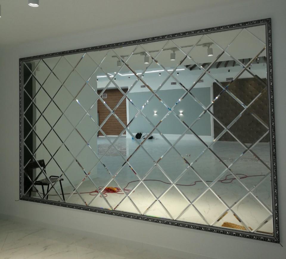 зеркальная плитка на стену