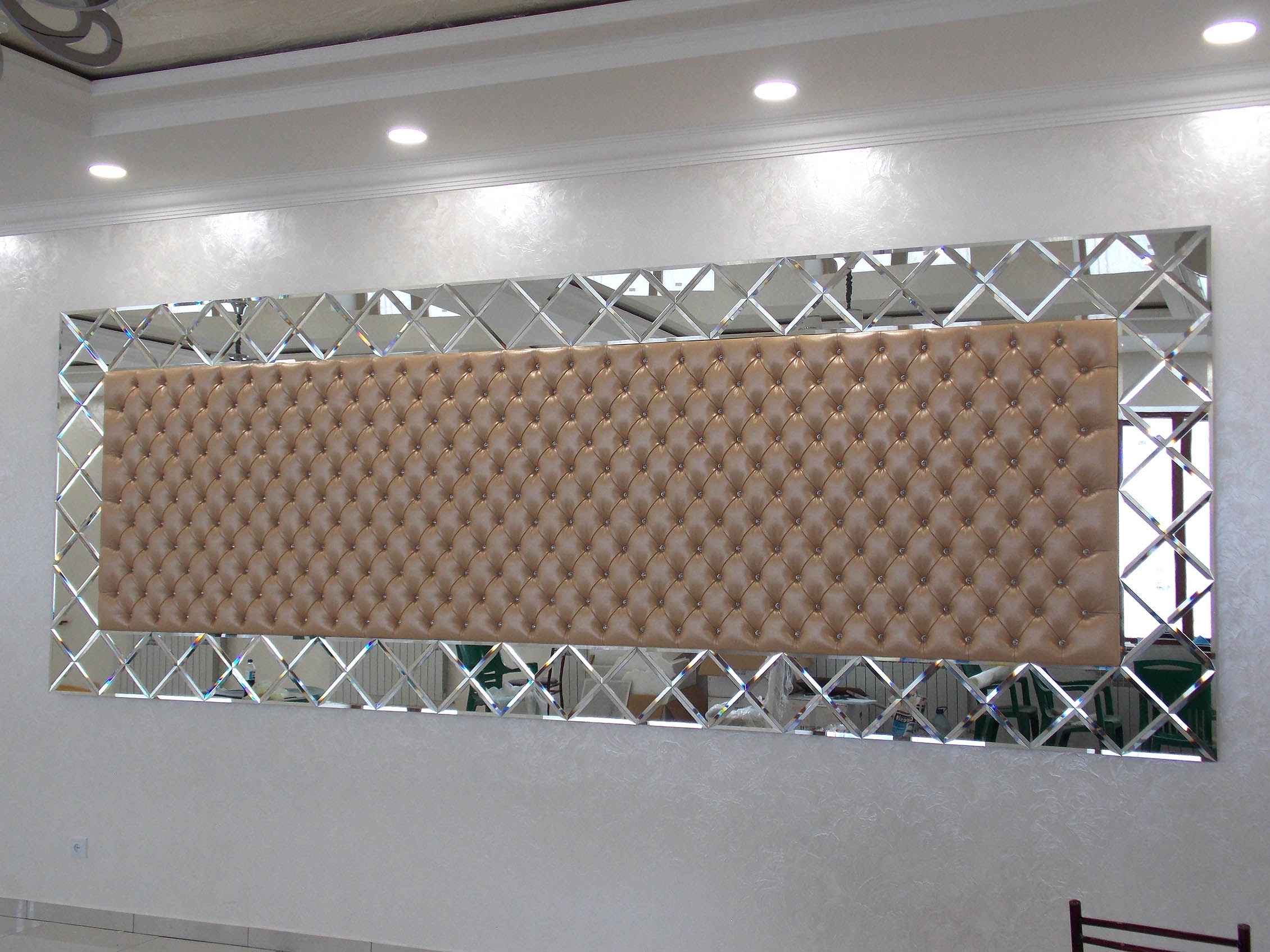Рамка из Зеркальной плитки