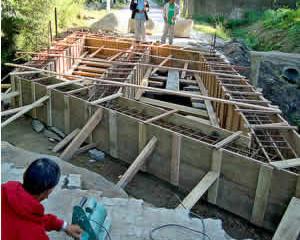 Escolha a madeira certa para suas formas de concreto (caixaria).