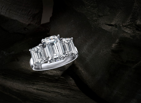 Why an emerald cut diamond is one of the popular diamond engagement ring style