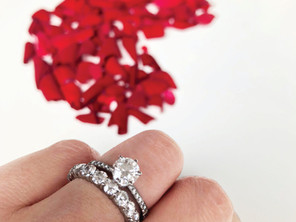 A perfectly paired wedding ring set that she will love