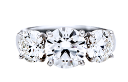diamond ring | engagement ring | diamond | diamond Malaysia | diamond ring Malaysia | diamond shop in Malaysia | ring | wedding band shop in Malaysia | bespoke | proposal ring in Malaysia