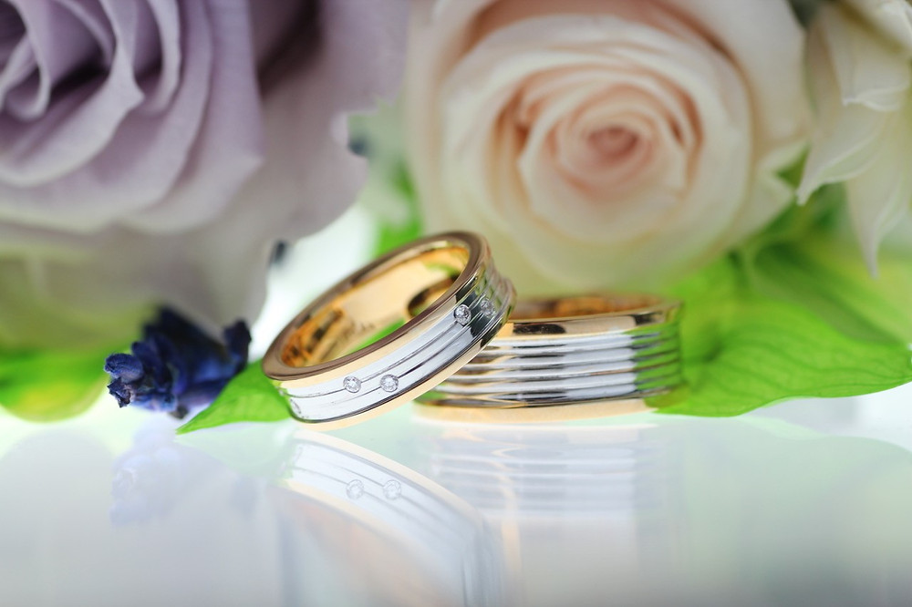 Timeless wedding bands