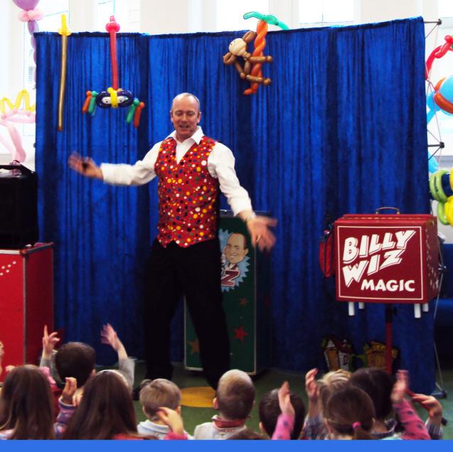 Billy-Wiz-Magician-Plymouth-3.jpg