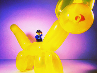 Legoman + A Balloon Dog = Greatness! Many thanks to Pam for the awesome balloon dog! 🎈
