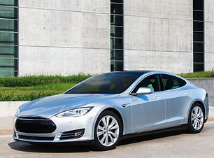 LLumar Tesla 2 (2).jpg