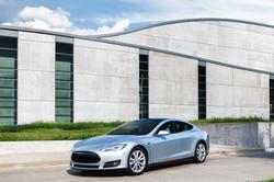 LLumar Tesla 2 (2)