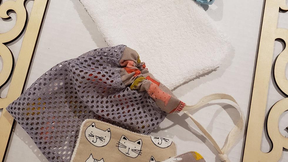 Ensemble Chat lingettes + gant de bain