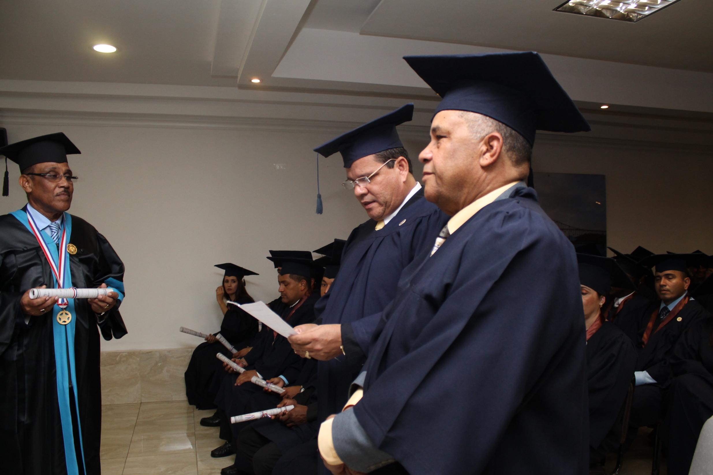 Dr. Andrés Mato Sena Rector UNEFA.
