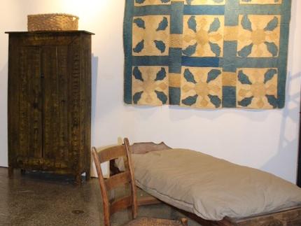 Plain & Simple, Vernacular Furniture