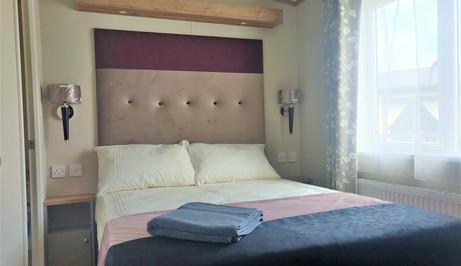 Master bedroom 3 bed Abingdon.jpg