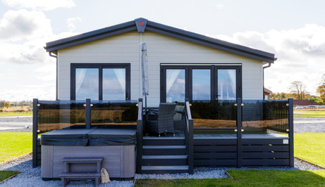Lodges with Hot Tubs, Scotland. St Andre