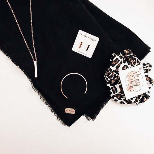 YYC Collective - Blanket Scarf - Black