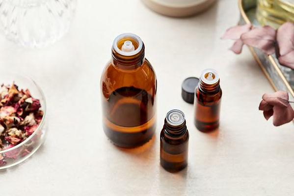 essential-oils.jpg.jp2