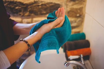 drying hands.jpg
