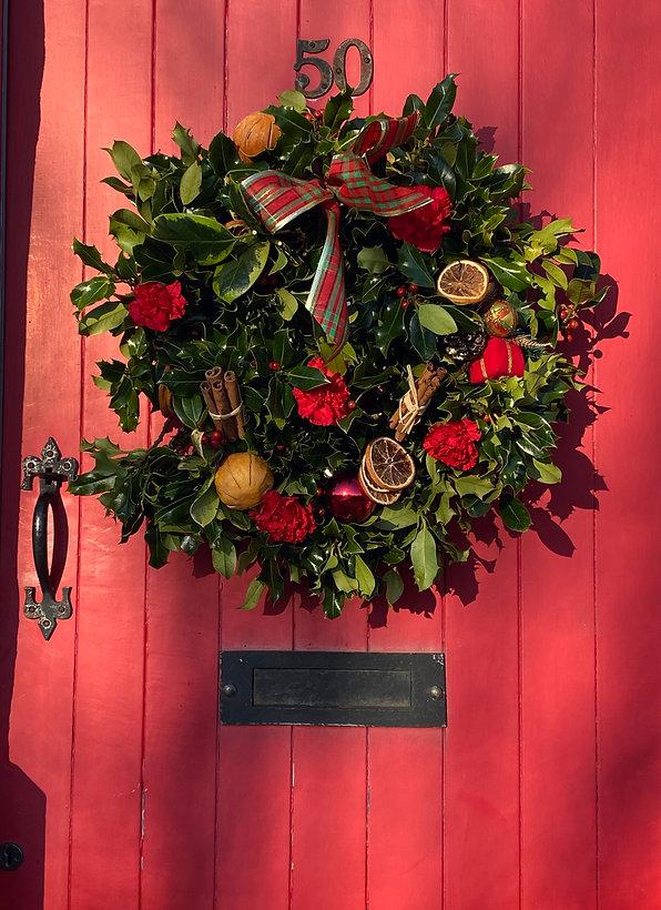 xmas wreath cottage.JPG