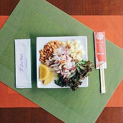 ペルー料理大好きな人にはたまらないセビチェ ジャンボコーンの食感がアクセント🥂
