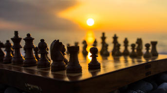 chess-8k-2r-1366x768.jpg