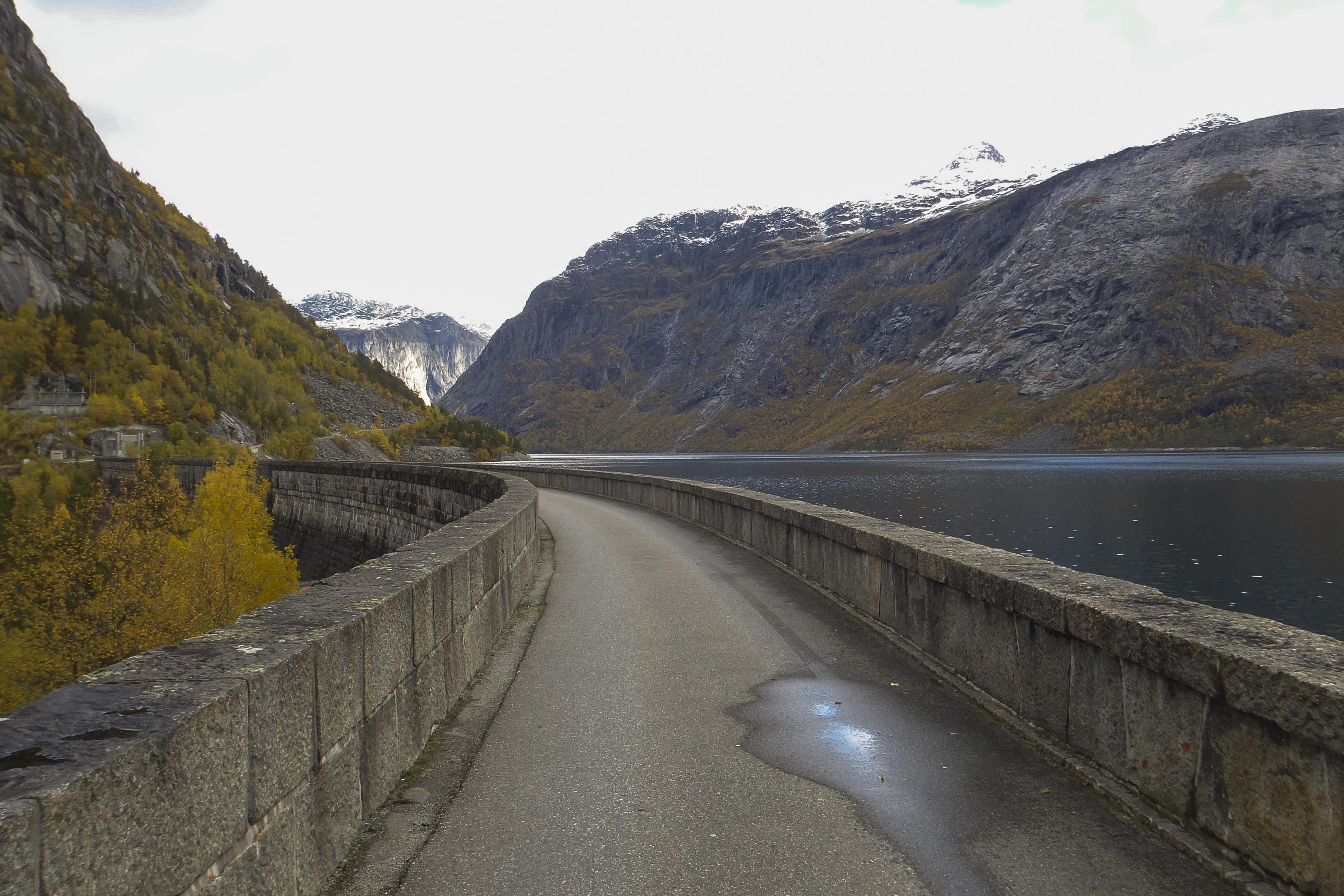 Norsko (42 z 51)