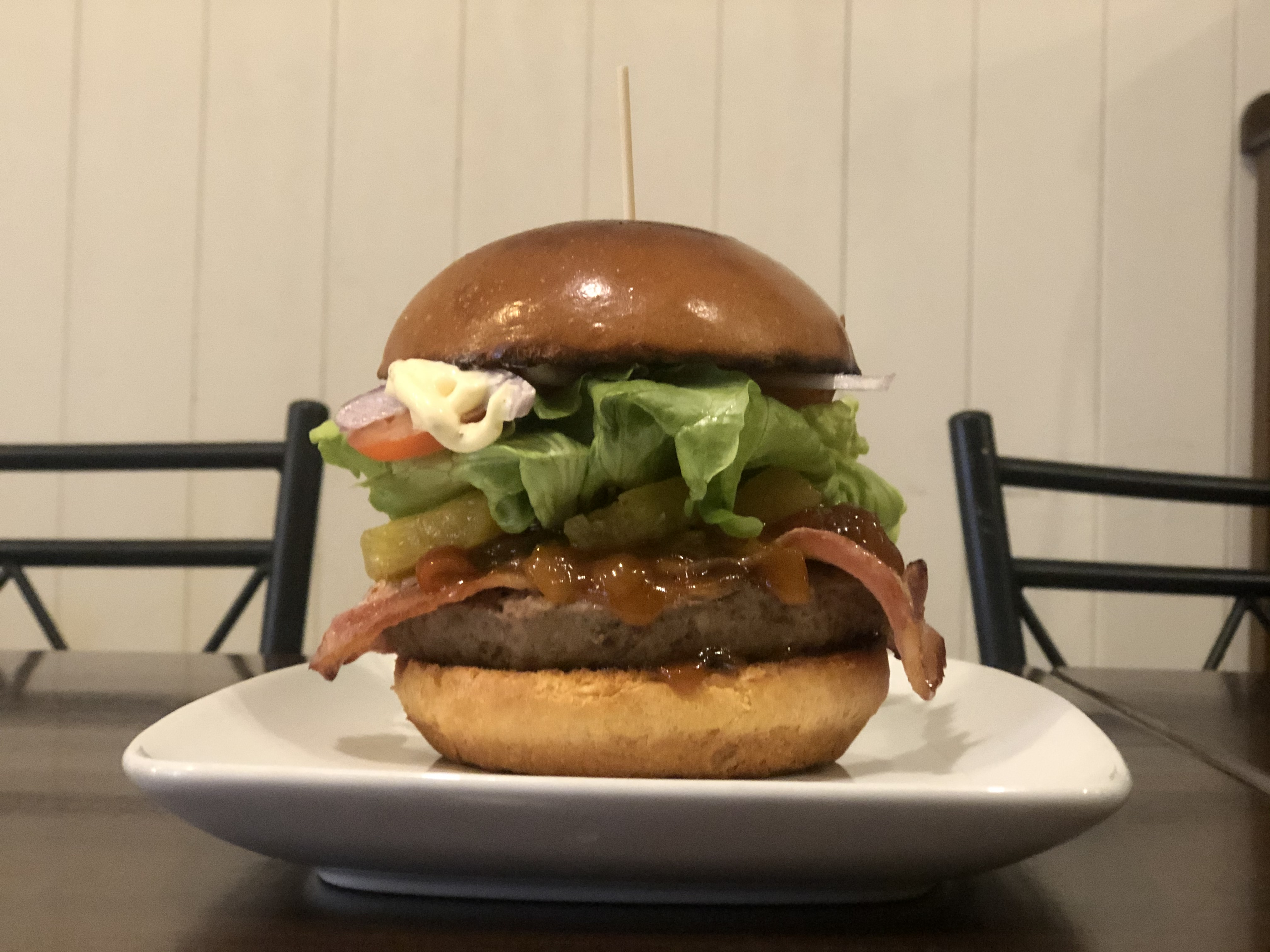 Dine in, Delivery, Takeaway Burgers