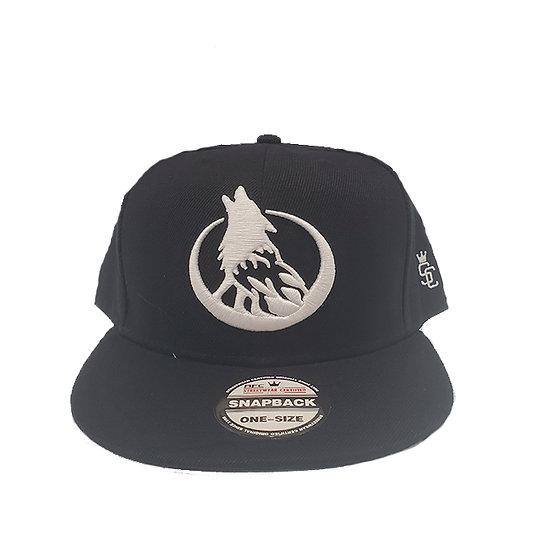 Snapback cap wolf