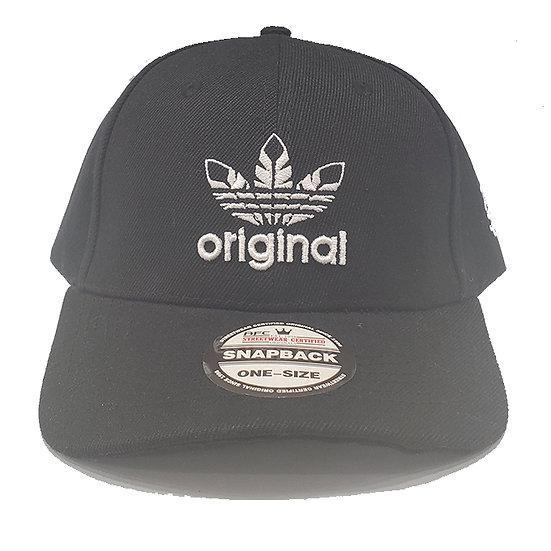 Curved SnapBack cap Original black