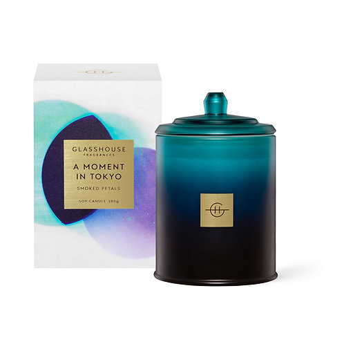 A Moment in Tokyo - Smoked Petals 380g Soy Candle
