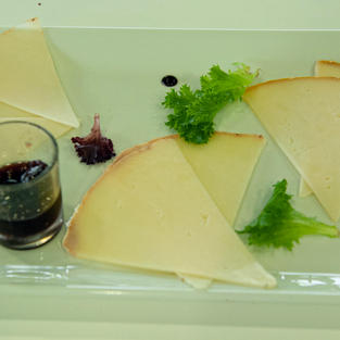 Assiette de fromages affinés  8 €