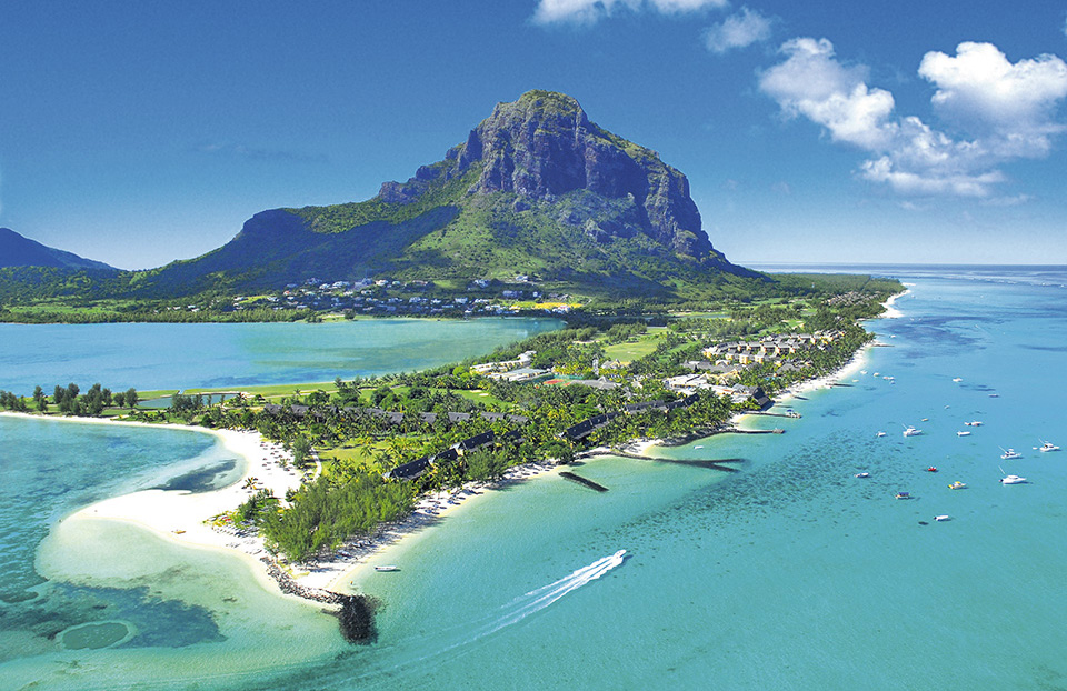 Sportif_luxury_hotels_Beach_Mauritius_Le_Morne