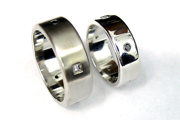 Monochrome Diamond Matching Rings