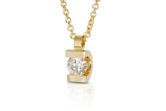Curve Diamond Set Pendant