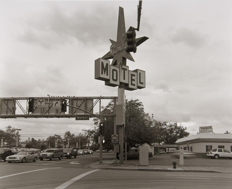 カリフォルニア州を北上するとコロラドの町の香りがしてくる。