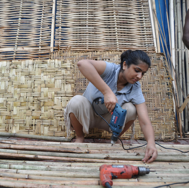 Featured: DIY-style school helps educate Indian migrants facing eviction