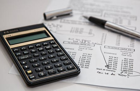 The Financial Benefits of Hiring a Professional Contractor