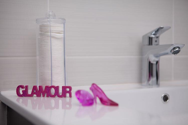 Salle de bain avec douche XL