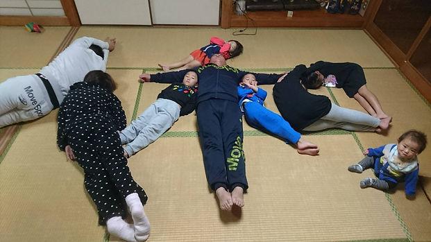 コロチャレ第2弾写真_藤原副議長2.JPG