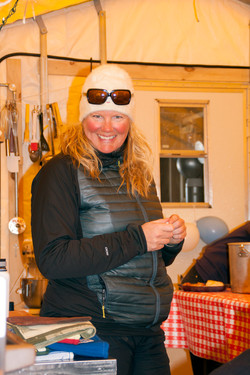Stacie, Shackleton cook