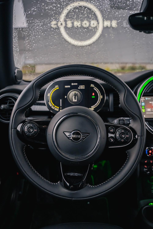 MINI Cooper S E interior